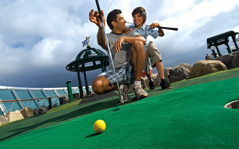 Royal Caribbean Voyager of the Seas Mini Golf