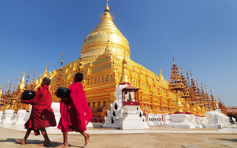 Shwezigon Paya Bagan Myanmar