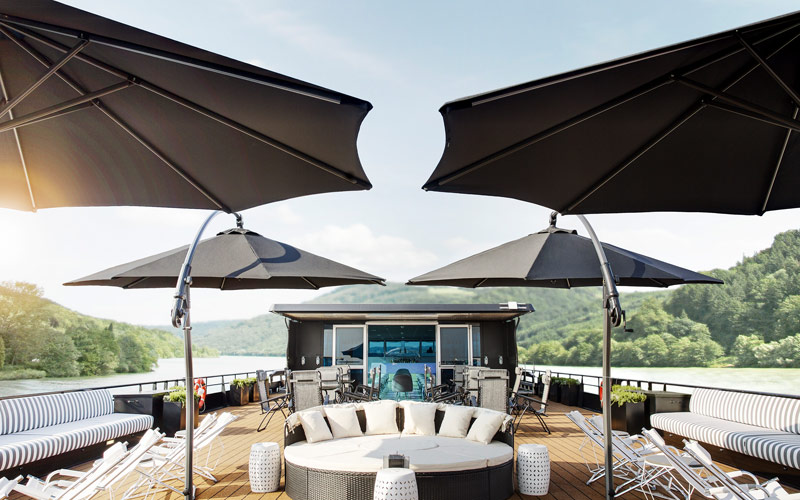 Rooftop Lounge on The A