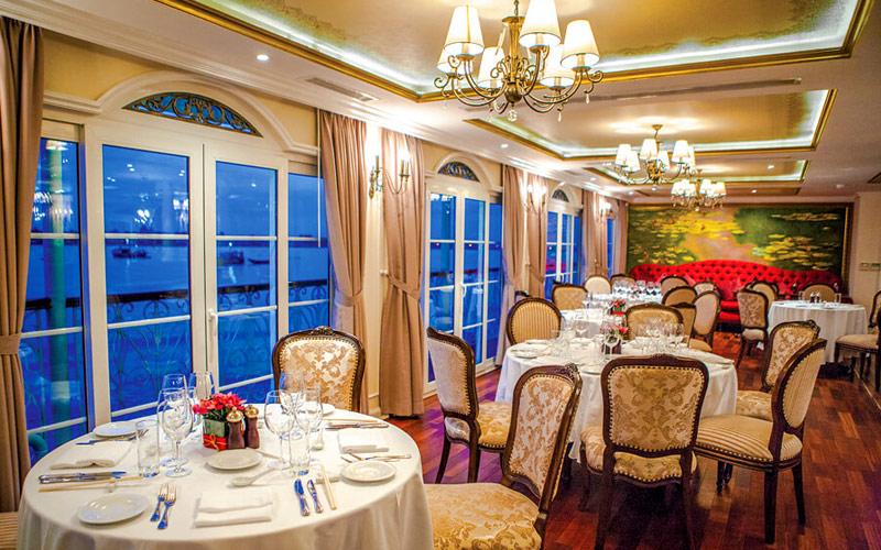 Le Marche aboard Mekong Navigator