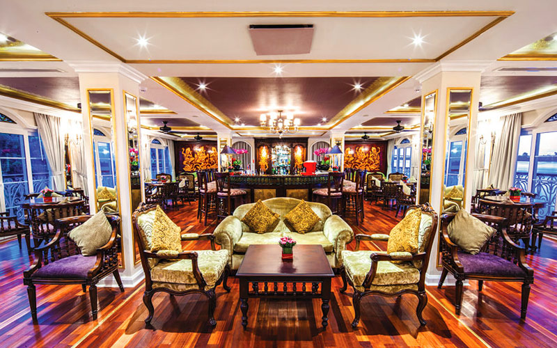 Le Salon Lounge on the Mekong Navigator