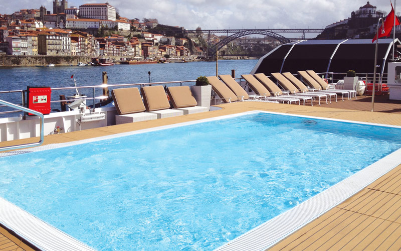 The Sun Deck Pool on Queen Isabel