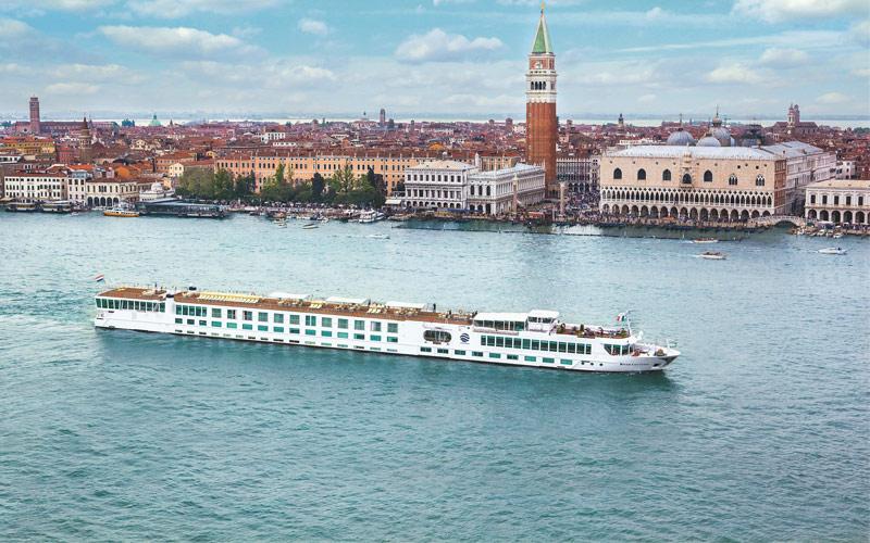 River Countess ship exterior