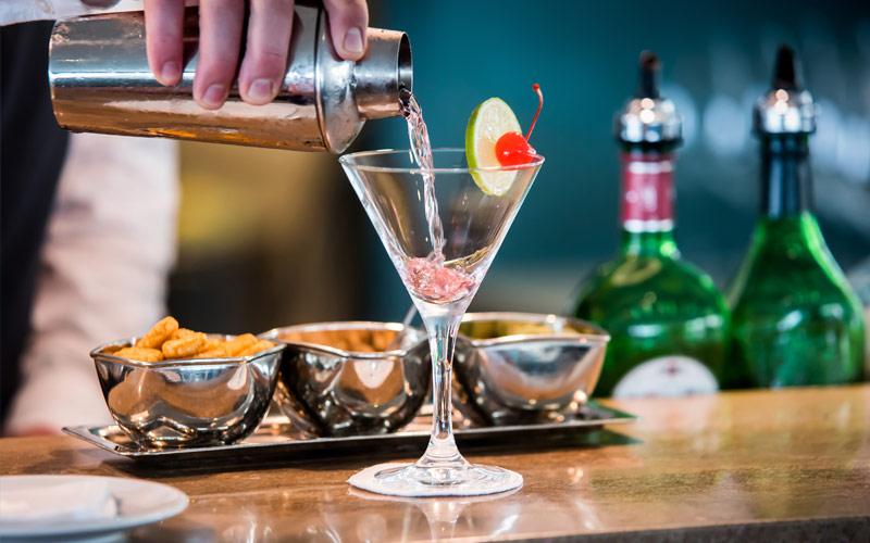 Il Castillo bar on River Countess