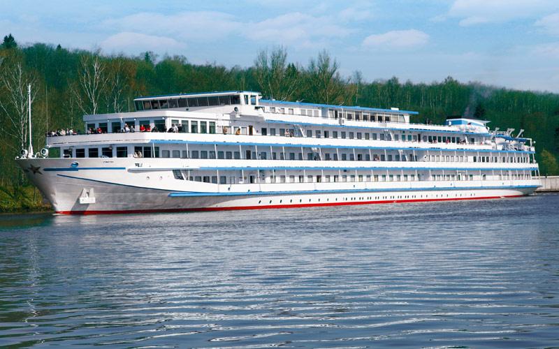 River Victoria ship exterior