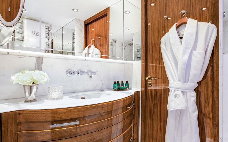Uniworld S.S. Joie de Vivre Bathroom