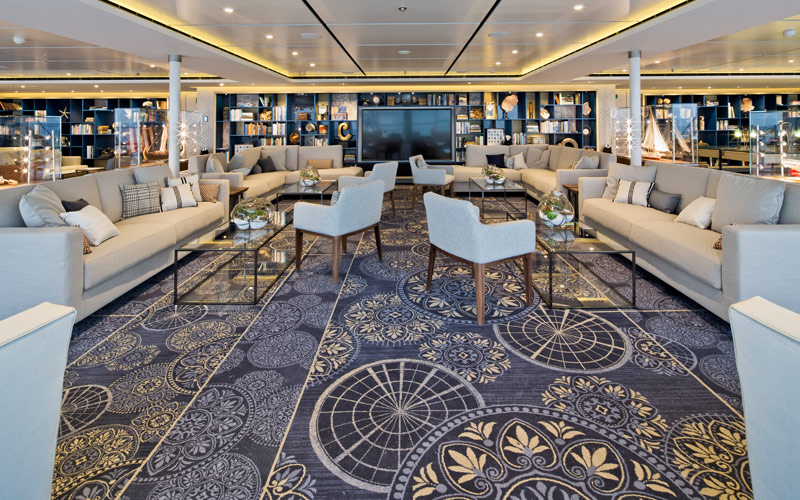 Explorers Lounge - Viking Sky
