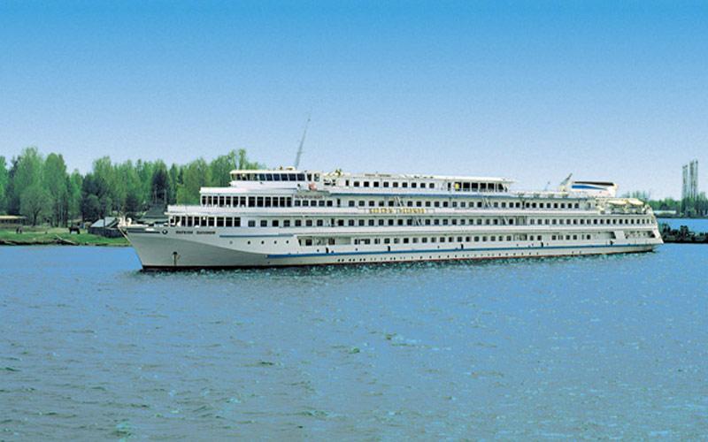 Viking River Cruises Viking Sineus exterior 01
