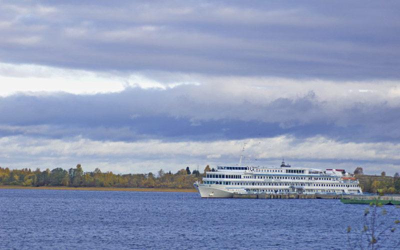 Viking River Cruises Viking Truvor exterior