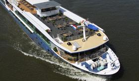 Lounge aboard Avalon Envision