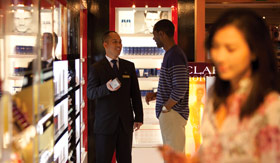 Cunard onboard activities Shopping