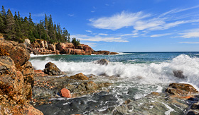 Princess Cruises Acadia National Park incomingwave at Otter Cliff area