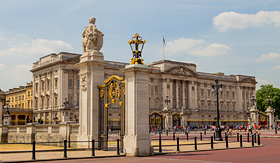 Princess Cruises - Buckingham Palace in London, England