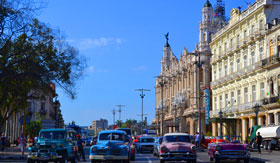 Classic Cars and Buildings in Havana - Regent Seven Seas