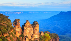 Royal Caribbean the Three Sisters from Echo Point Blue Mountains National Park Australia