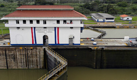 Miraflores Locks of Panama Canal - Windstar Cruises