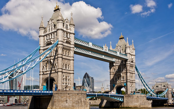 Tower Bridge (London), England