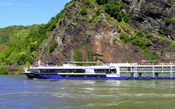 Avalon Waterways-Avalon Illumination