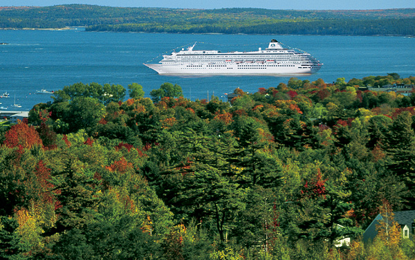 Crystal Cruises-Canada / New England