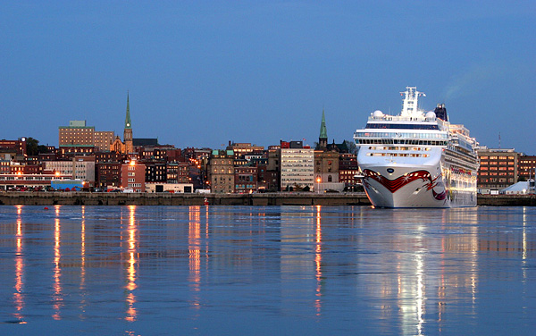 Norwegian Dawn Canada / New England Cruise Destination