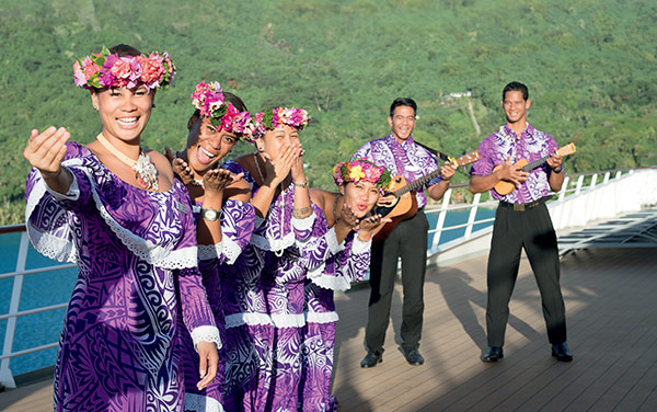 M/S Paul Gauguin Entertainment Vendor Experience