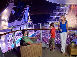 AquaTheater Balcony