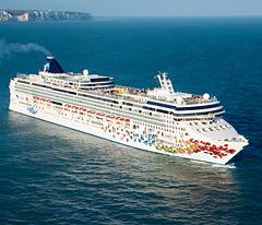 Norwegian Gem To Feature Nickelodeon Family Programming In - Nickelodeon cruise ships