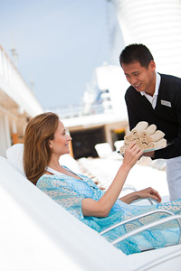 Relaxing by the pool. Courtesy of Regent Seven Seas Cruises.
