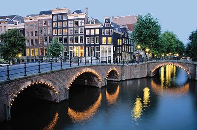 Amsterdam Canal - Photo courtesy of Viking River Cruises