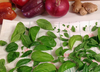 Fresh Basil gives the dish a beautiful green color.