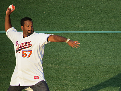 Alfonso Ribiero sends out the first pitch. Photo courtesy JayCee Portugal.