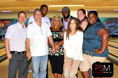 The Cruise Web team poses with Ray Lewis and Jimmy Smith.