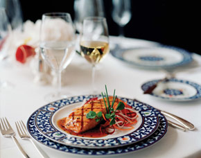 Fine Dining - Courtesy of Holland America Line