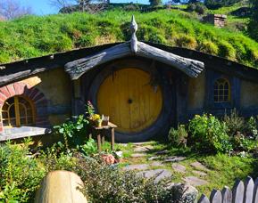 Hobbiton movie set in New Zealand
