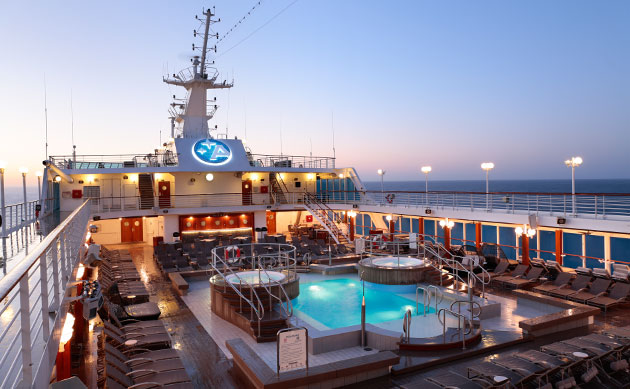 Azamara-Journey-pool-area