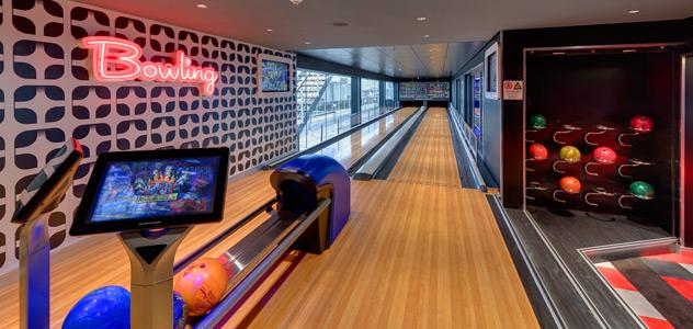 MSC Virtuosa Bowling Alley